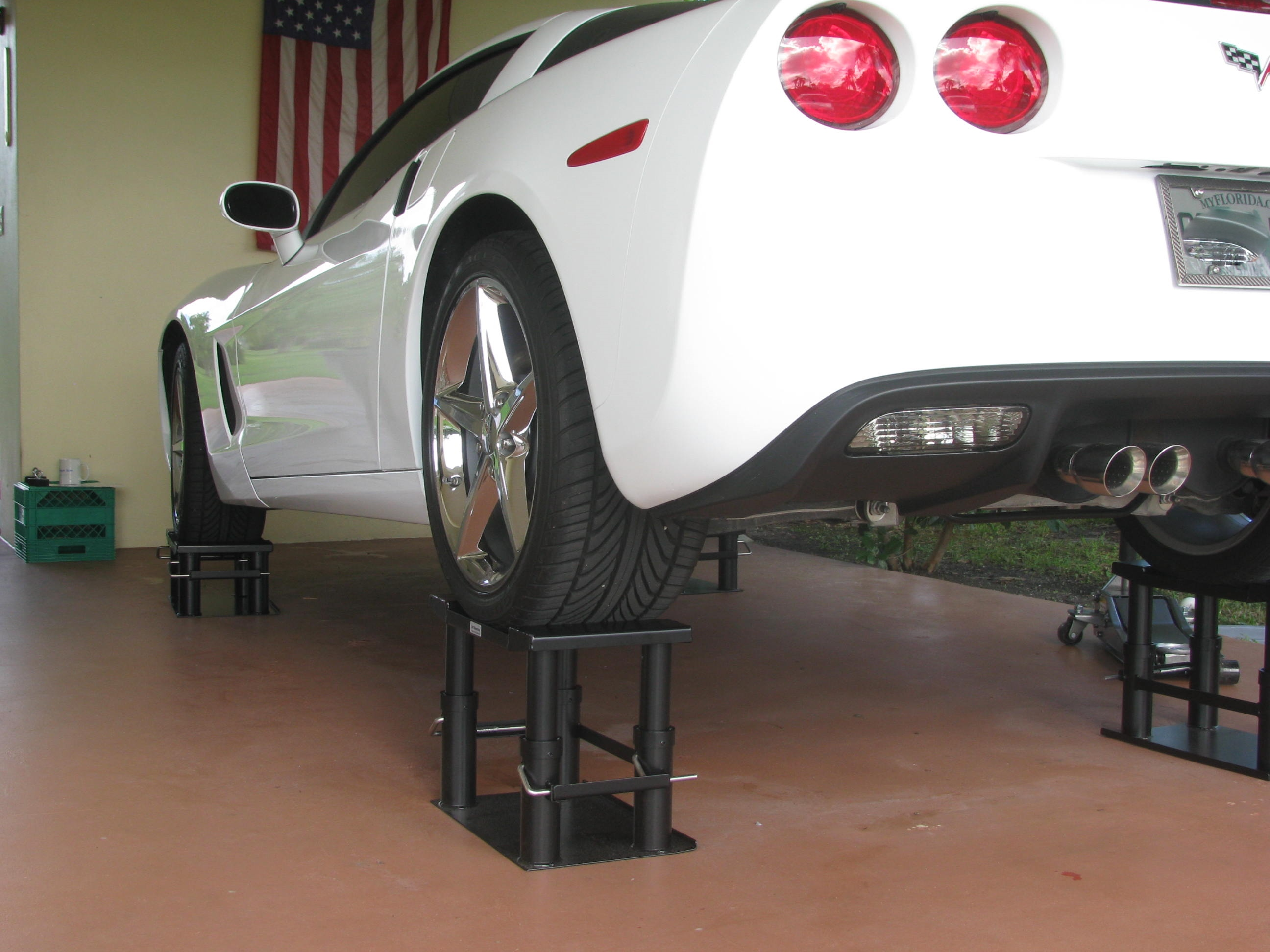 Lift stand for autos cars my lift stands for diy car for Stand auto