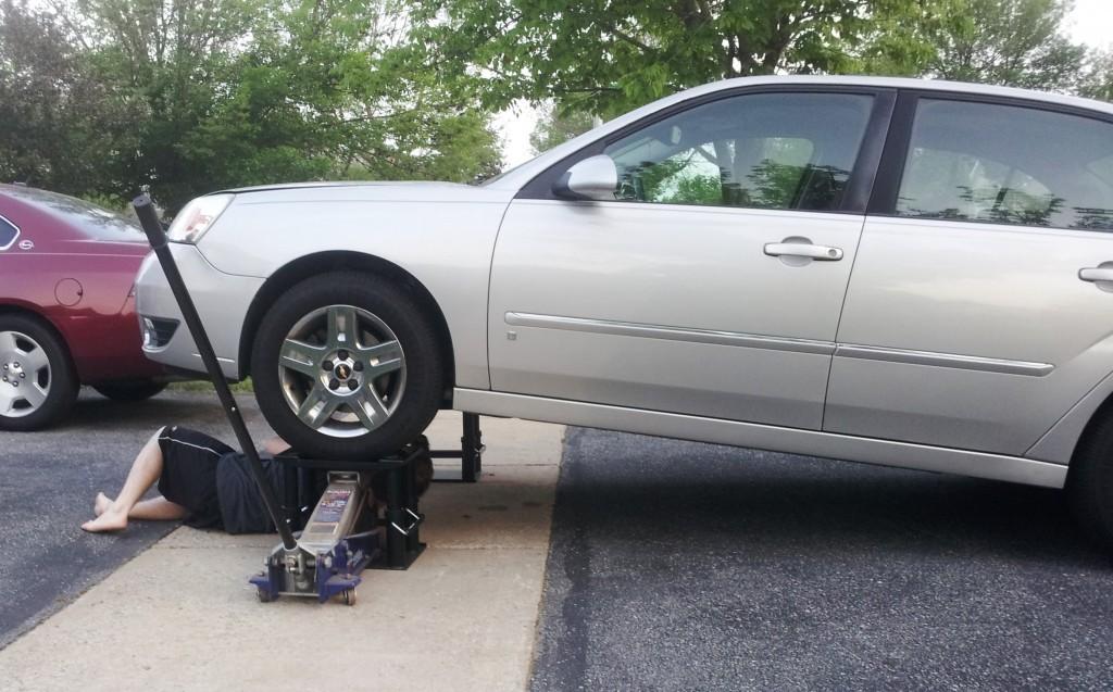 auto repair lift stand